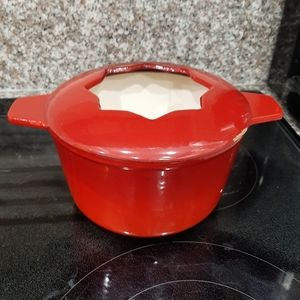 Red cast iron pot for fondue or ???